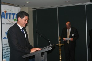 Dr-Geoff-Lee-MP-speaking-at